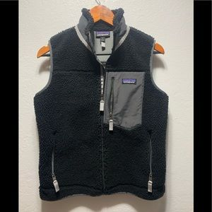 Deep pile Patagonia vest *small